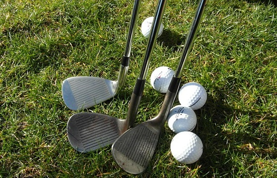 How To Hit A Pitching Wedge - Image 1